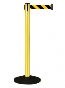 Retracta-Belt Prime Stanchions for Outdoor Use